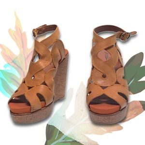 Lucky Brand Leather Fall 8 / 8.5 Wedge Heel Bootie